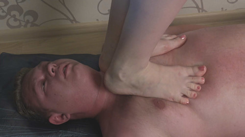 Milena - summer barefoot trampling Full HD