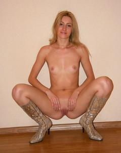 http://img117.imagetwist.com/th/16631/br62bx1pwfm5.jpg