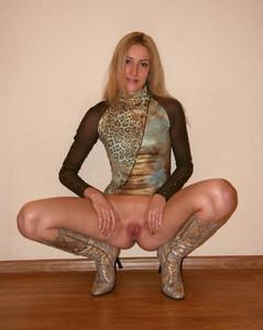 http://img117.imagetwist.com/th/16631/i5urhqhhu2d9.jpg