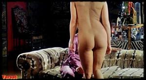 Silvana Venturelli & Erika Remberg in The Lickerish Quartet (1970) Qjh4rn2ucekc