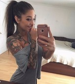 32 Hot Girls with Tattoos-image 1