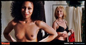 Charlize Theron, Connie Nielsen - The Devil's Advocate (1997) 6ubw4ezmlmav