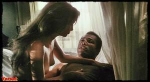 Susan George, Brenda Sykes in Mandingo (1975) Wjqaal9o6aip