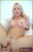 Bethany-Sweet-Housewife-1-on-1-x6s7euhpgu.jpg