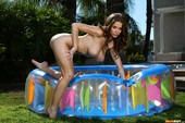 Emily-Addison-Pink-In-Inflatable-Pool-q6or5xuogk.jpg