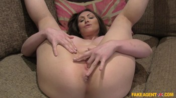Yasmin Scott – Big Tits Aussie Babe Eats Cumload