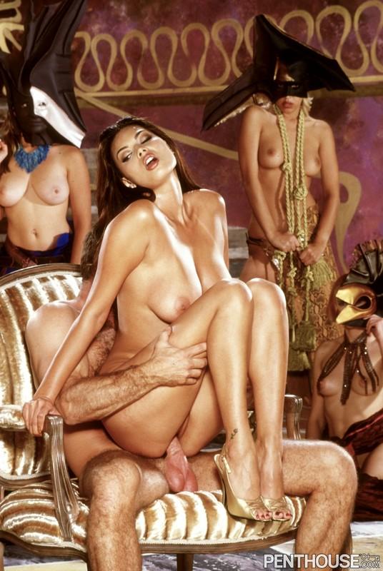 Ночные жрицы порно фото 8