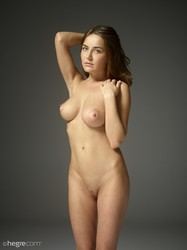 Adriana - First fumbling nudes