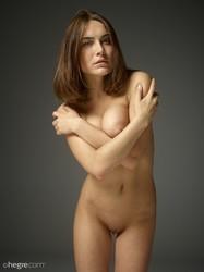 Adriana-First-fumbling-nudes--z6qx4afvnk.jpg