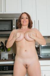 Maggie Green - Kitchen