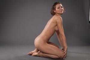 Sanna-Yoga-Queen--36tk19s4hm.jpg