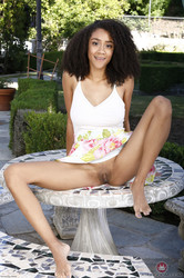 Ariana-Ames-ATKE-Photoset-3-d6te9tsz1q.jpg