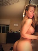 taa22m7z3lmr - Nicole Aniston Only Fans