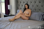 Ariana-Marie-Dad-What-Are-You-Doing-%28solo%29-u6tv716fmo.jpg