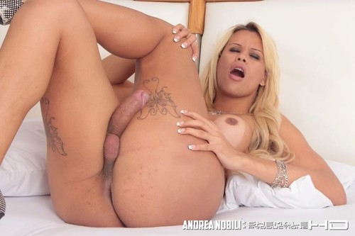 Pretty Tranny Rafaela Jerks Off Solo  [HD]