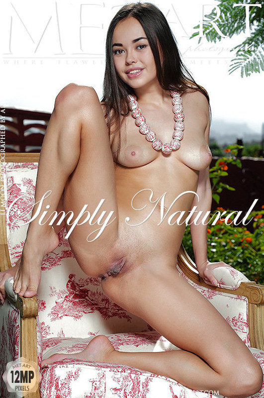 Li Moon - Simply Natural (27-01-2019)