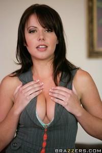 Rebecca Linares         Penny Flame, Rebeca