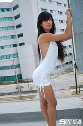 Sophia-Whitedress-2--l6vbvpe3oh.jpg