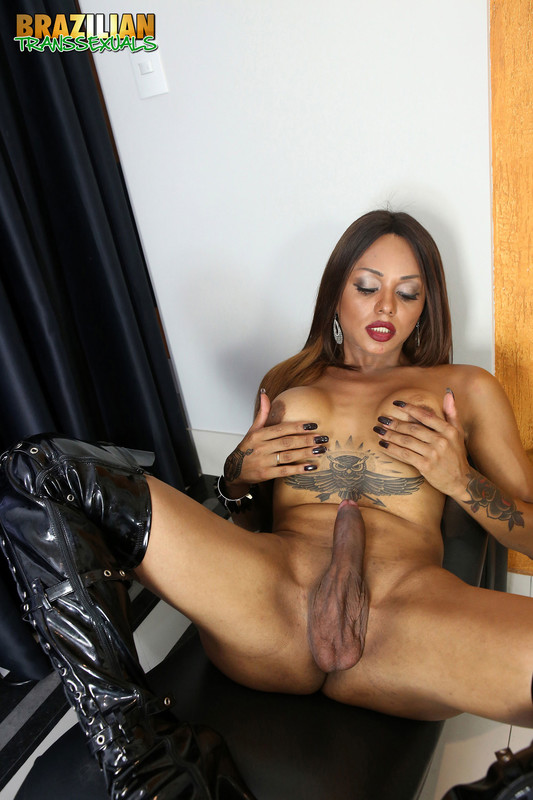 Black TS Veronika Ravena Returns (12 February 2019)