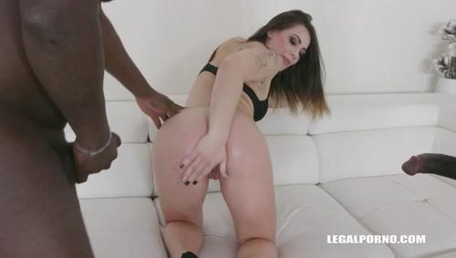 Giorgia Roma, Joachim Kessef -  Giorgia Roma Loves Sex Mix With Golden Shower Iv275  [SD]