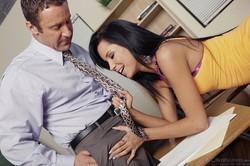 Tanner-Mayes-And-Ava-Devine-Couples-Seeking-Teen-1280x1920-px-740-pics-k6v3khd56c.jpg